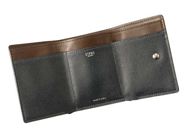 コンパクト三つ折り財布 ペルラネラ