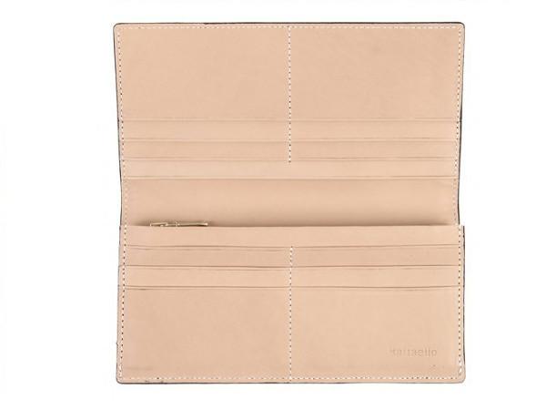 ブライドルレザーで製作した二つ折り長財布