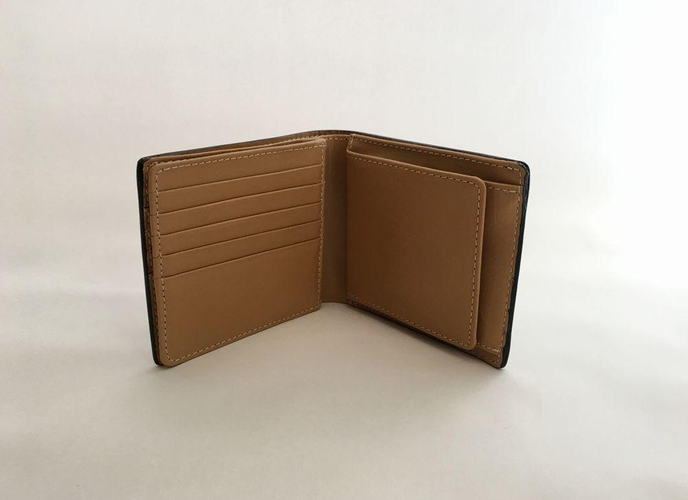 財布見開き